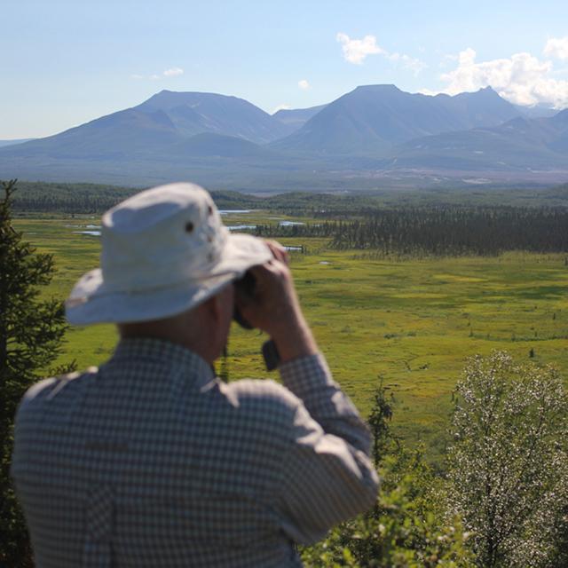 Brooks Lodge Sightseeing Valley of Ten Thousand Smokes